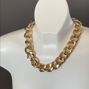 3 for $25 / Chunky gold necklace